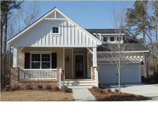 3668  Maidstone Drive Mount Pleasant, SC 29466