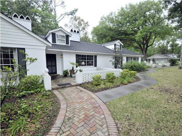 204 Tea Farm Road Summerville, SC 29483
