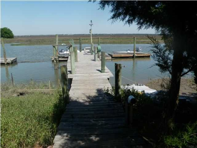 2313  Captain John Hutt Road Isle Of Palms, SC 29451