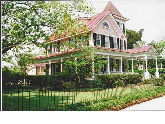 415 Church Street Mount Pleasant, SC 29464