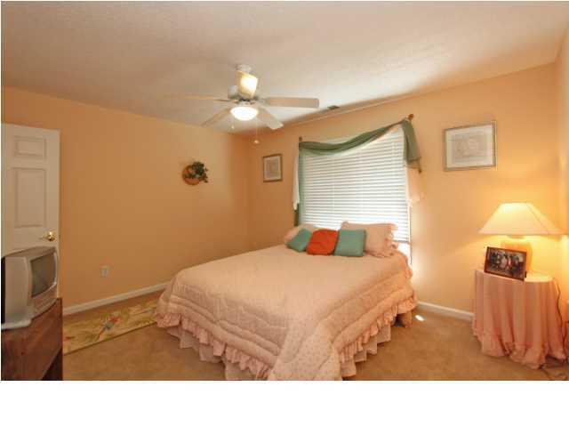 4221 Sawgrass Drive North Charleston, SC 29420
