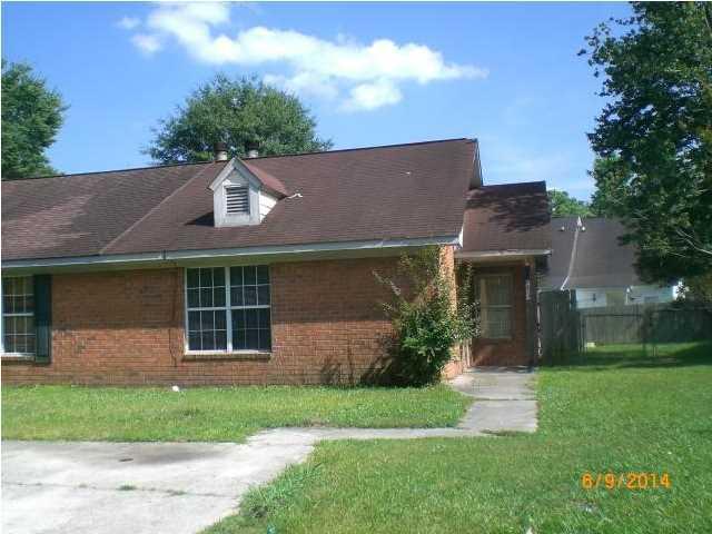 4133  Hickory Lane Ladson, SC 29456
