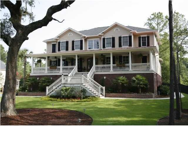 2704 Oak Manor Drive Mount Pleasant, SC 29466