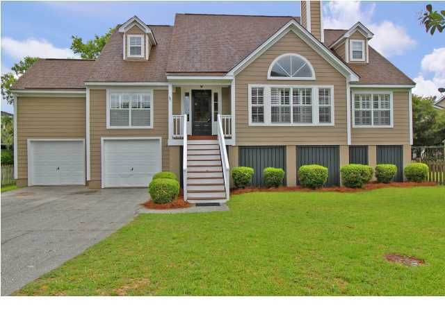 679 Gate Post Drive Mount Pleasant, SC 29464