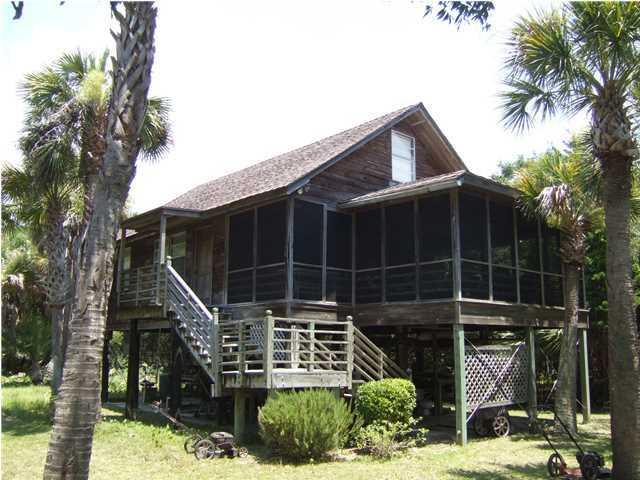 2331  Captain John Hutt Road Isle Of Palms, SC 29451