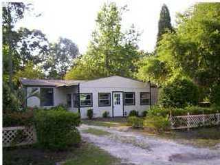 2105 Parrott Avenue Summerville, SC 29483