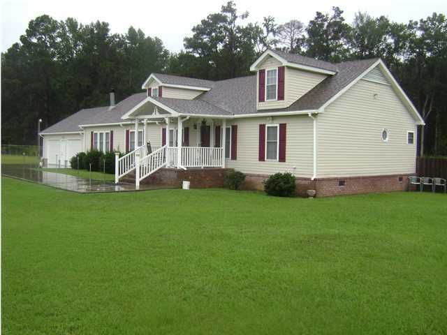 2728  Red Oak Road Cottageville, SC 29435