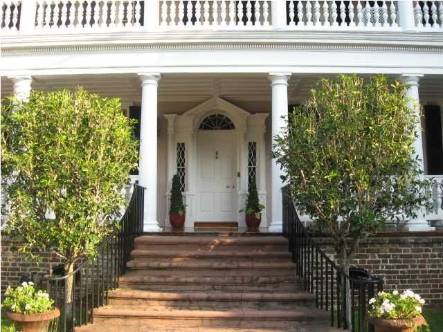 32 South Battery Charleston, SC 29401