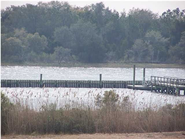5  Pelican Bay Drive Awendaw, SC 29429