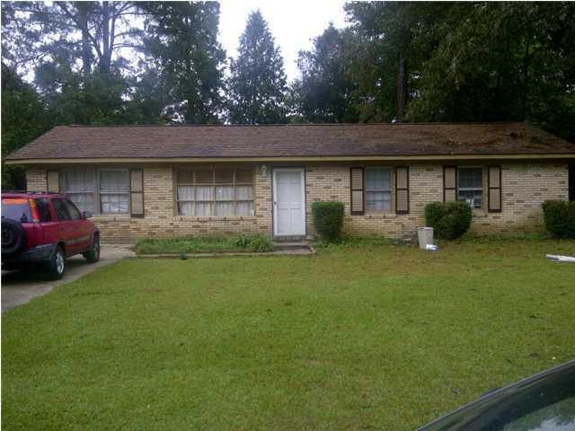 102  Birch Lane Summerville, SC 29485