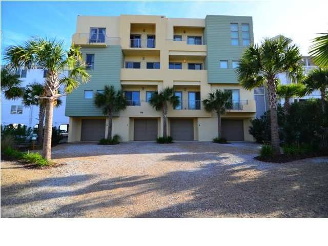 113 E Arctic Avenue Folly Beach, SC 29439