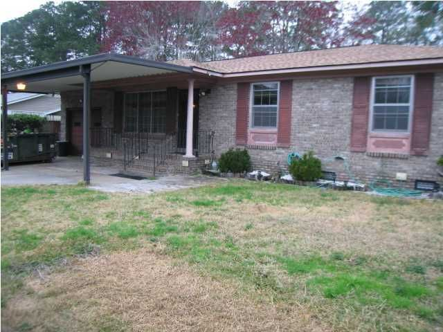 4734  Foxwood Drive North Charleston, SC 29418