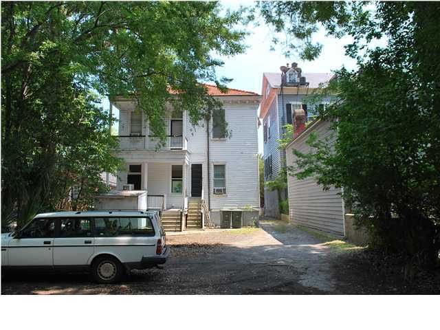 218 Calhoun Street Charleston, SC 29401