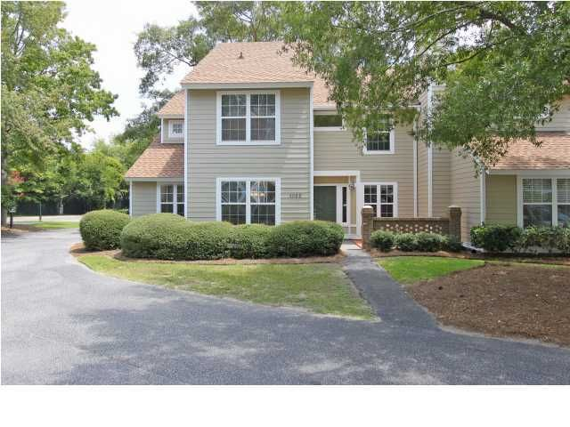 1032  Village Creek Lane Mount Pleasant, SC 29464