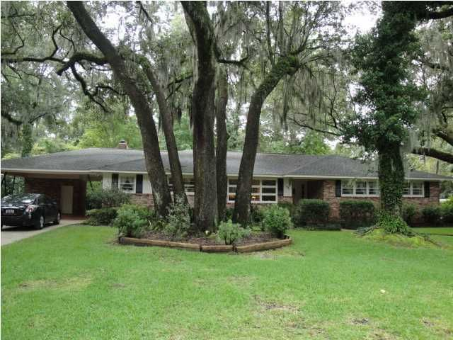 1604 Carterett Avenue Charleston, SC 29407