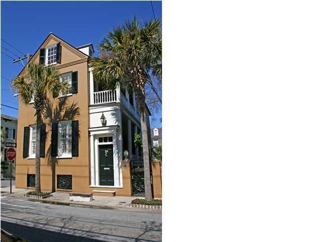 28 Wentworth Street Charleston, SC 29401