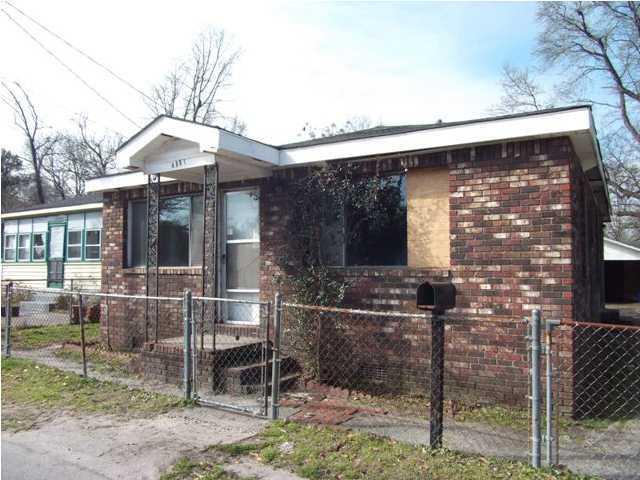 4881 Nesbit Avenue North Charleston, SC 29405