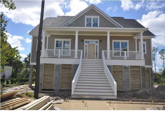 1828  Delacourt Avenue Charleston, SC 29466
