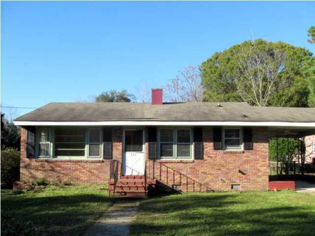 722  Windward Road Charleston, SC 29412