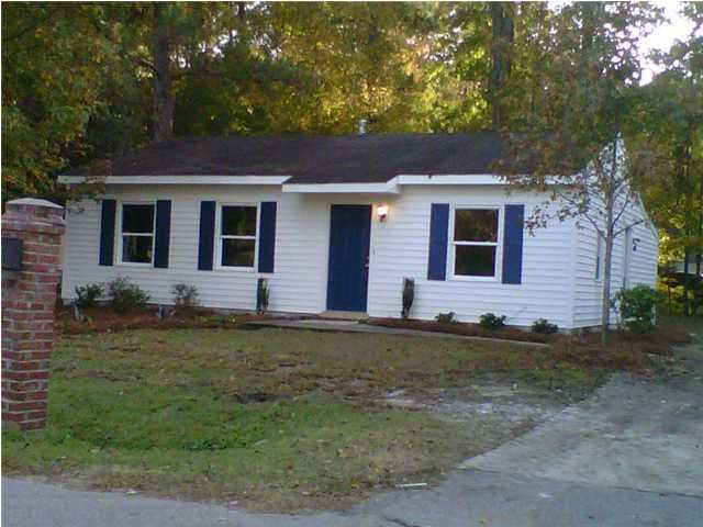 7225 Tanglewood Drive North Charleston, SC 29418