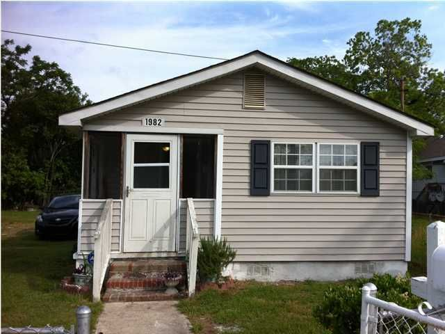 1982 Irving Avenue Charleston, SC 29405