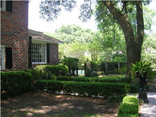 2188 Fort Pemberton Drive Charleston, SC 29412