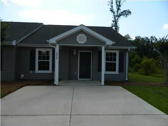 7838  Park Gate Drive North Charleston, SC 29418