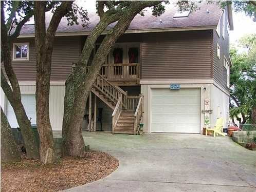 811  Palm Boulevard Isle Of Palms, SC 29451