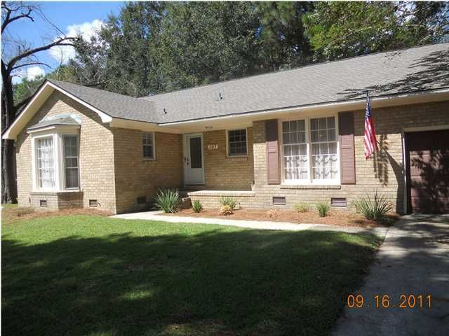 107  Canaberry Circle Summerville, SC 29483