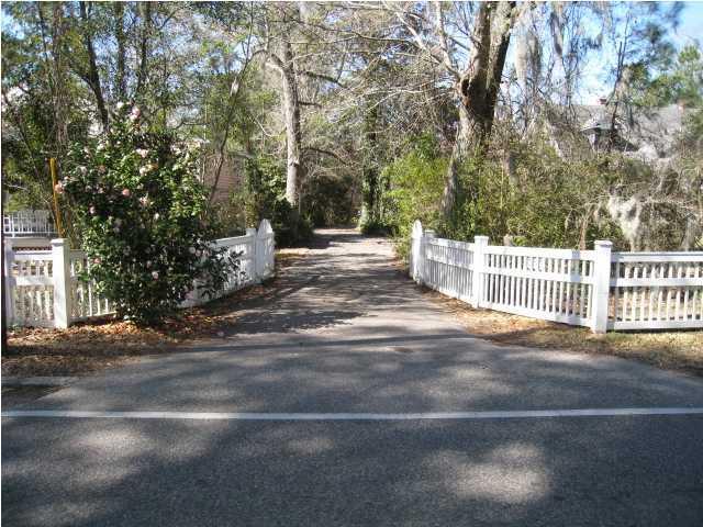 624 W Carolina Avenue Summerville, SC 29483