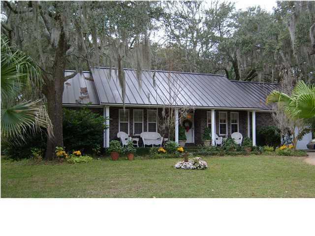1425  Pine Island Mount Pleasant, SC 29464