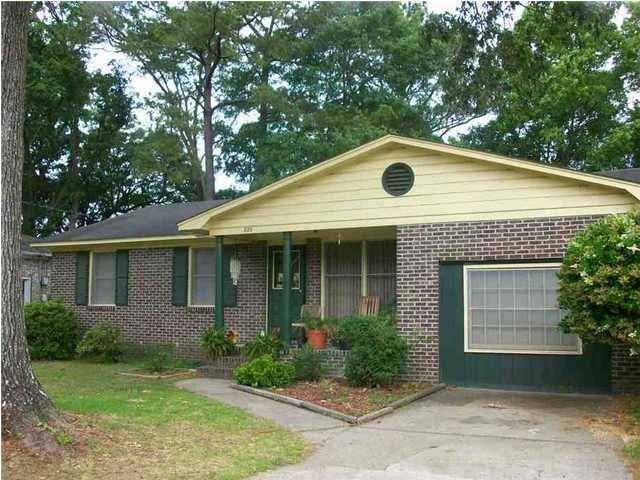 829  Hitching Post Road Charleston, SC 29414