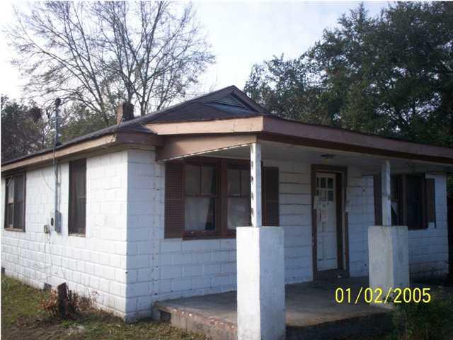 1305 Remount Road North Charleston, SC 29406