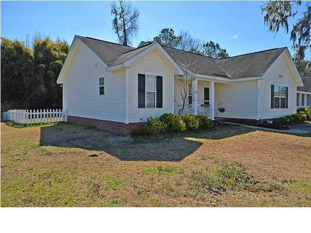 524  Hainsworth Drive Charleston, SC 29414