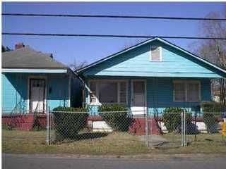 2220 Easton Street North Charleston, SC 29405