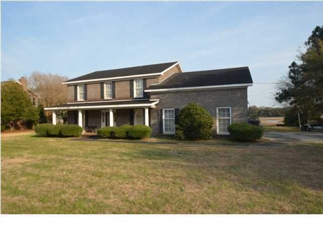 1070  Meader Lane Mount Pleasant, SC 29464