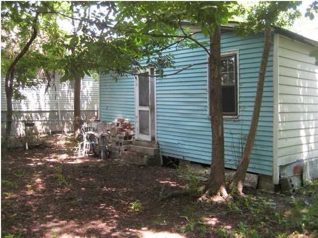 2212  Easton Street North Charleston, SC 29405