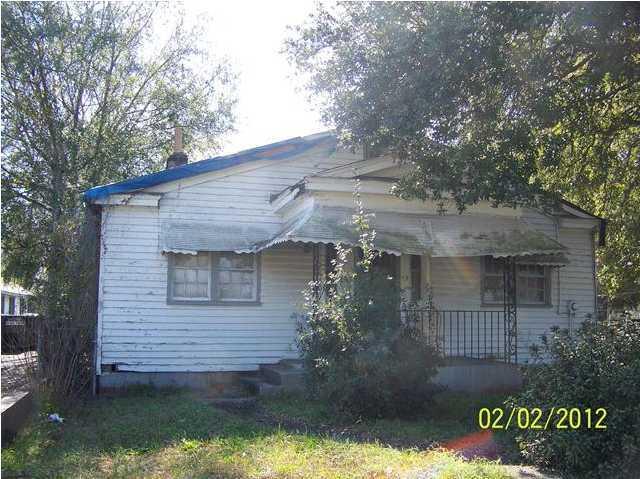 1123  Forbes Avenue Charleston, SC 29407