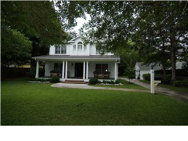 111 Hyer Street Mount Pleasant, SC 29464