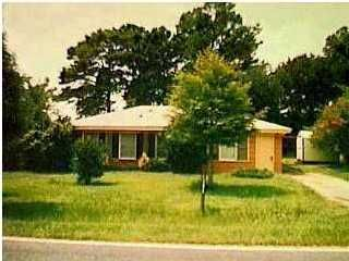 211  Owens Drive Summerville, SC 29485