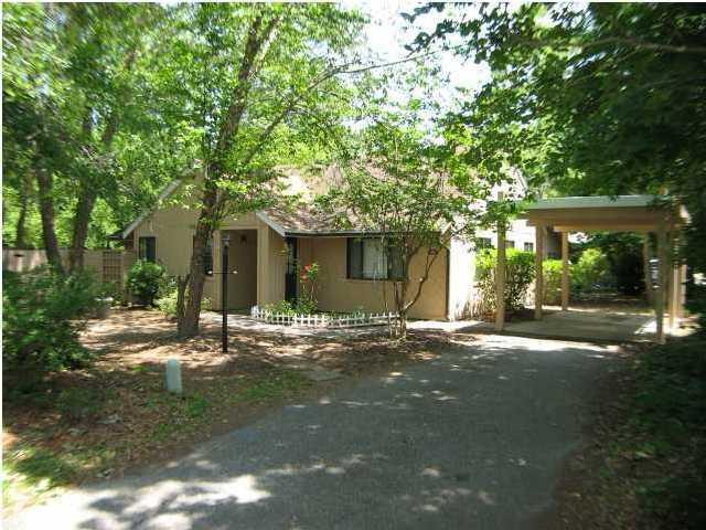 1128  Honeysuckle Court Mount Pleasant, SC 29464