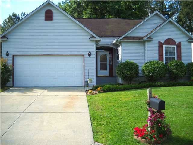 414 Courtland Drive Summerville, SC 29483