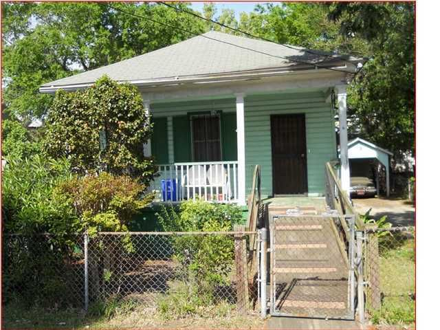 6  Homel Place Charleston, SC 29403
