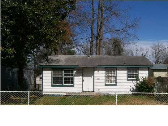 5136 Rockingham Street North Charleston, SC 29405