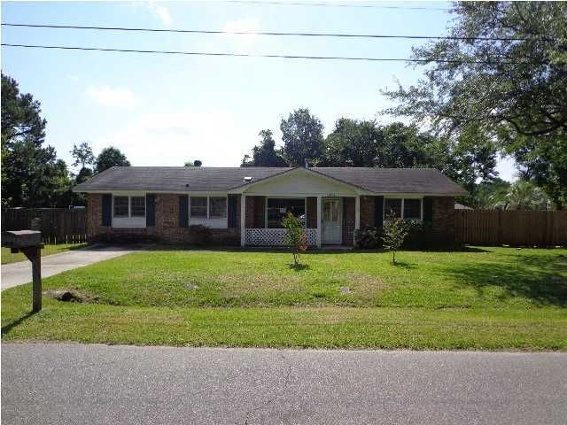 4841 Popperdam Creek Drive North Charleston, SC 29418