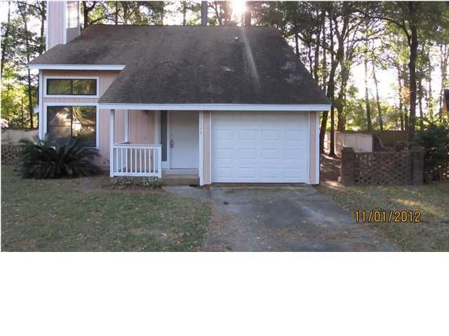 7826  Racquet Road North Charleston, SC 29418