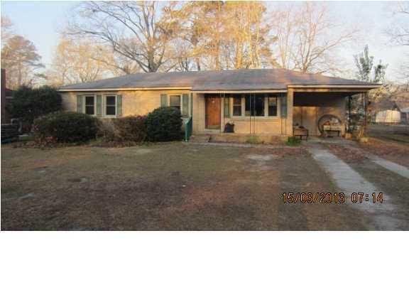 223  Clarine Drive Goose Creek, SC 29445
