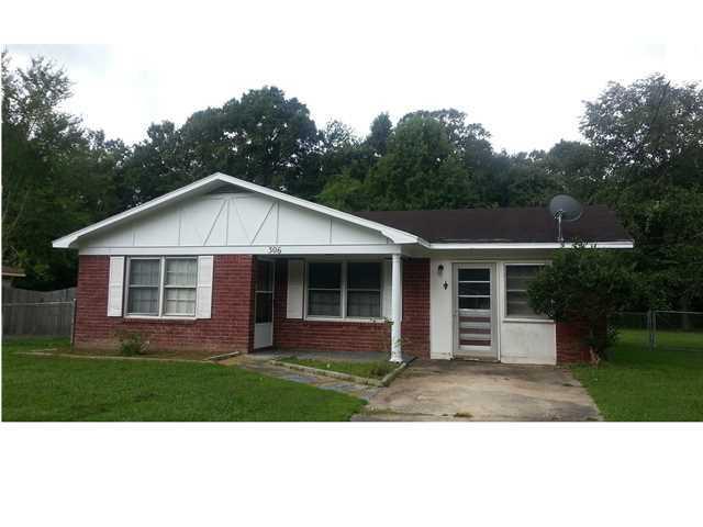 306 Sprucewood Drive Summerville, SC 29485