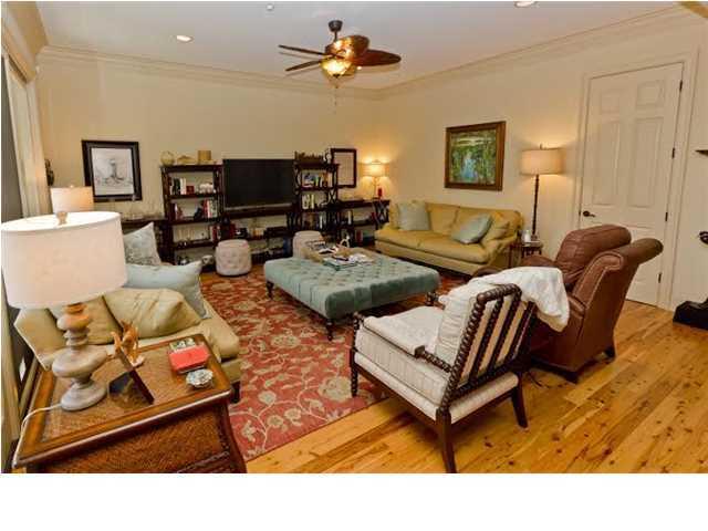 4252 Faber Place Drive North Charleston, SC 29405