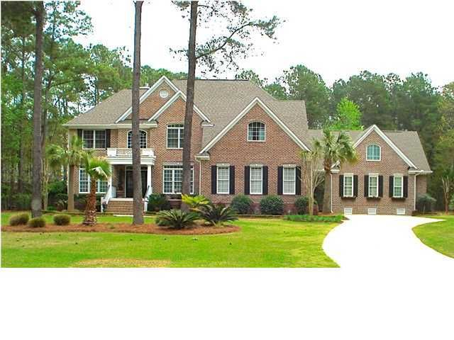2221  Black Oak Court Mount Pleasant, SC 29466
